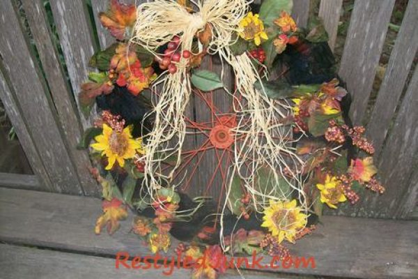 Bike Tire Rim Fall Wreath-Tutorial