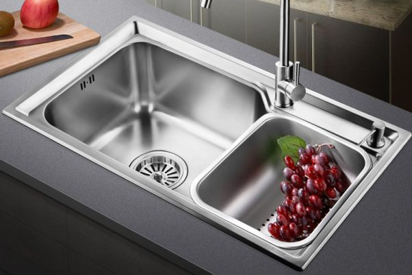 7 Best Undermount Kitchen Sinks (Updated 2020)