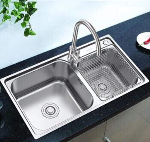 Kitchen Sinks for Garbage Disposal